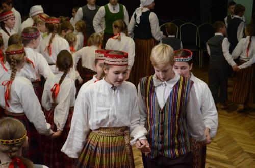 """Vakarēšanas pasākums """"Rotaļu vija Latvijai"""""""