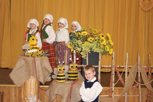 Dienvidlatgales novada folkloras kopu sarīkojums- skate Līvānos